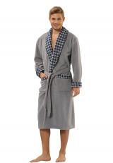 grijze badjas voor de sauna